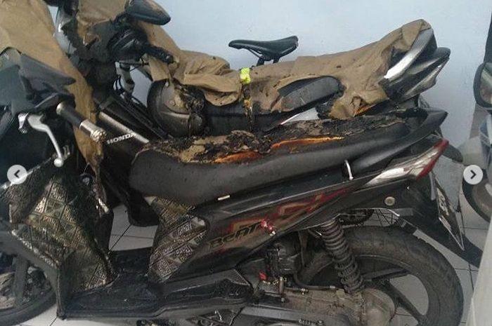 Honda BeAT, Supra F, Honda Vario jadi korban teror kain api