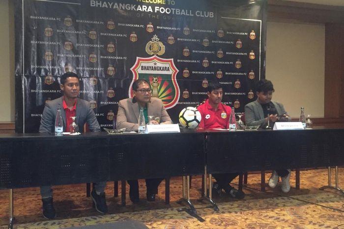 Angel Alfredo Vera diresmikan Bhayangkara FC sebagai pelatih anyar di Hotel Sultan, Jakarta, Selasa (5/2/2019).