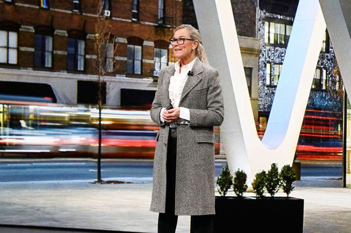 Angela Ahrendts Resmi Berhenti Kerja di Apple Mulai Hari ini