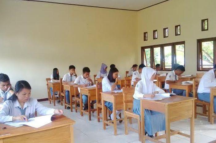 Ilustrasi ujian sekolah yang dilakukan di SMA/SMK sederajat di Bolmong.
