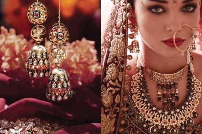 perhiasan emas untuk pengantin India