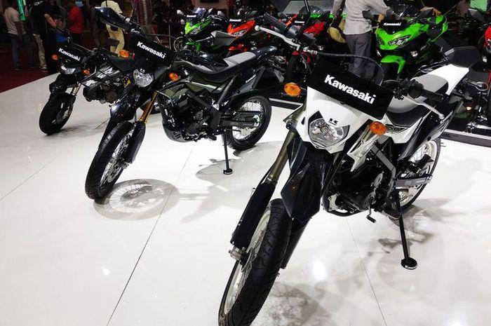 Kawasaki perlihatkan motor motor petualangnya di IMOS 2018