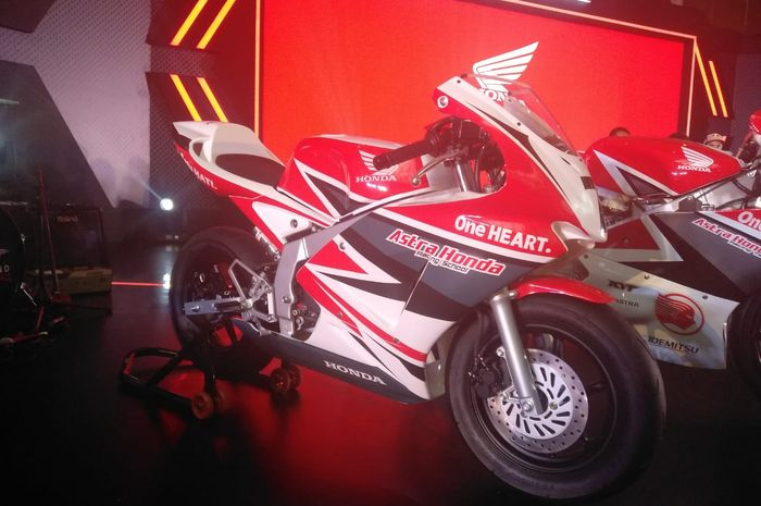 Motor Honda NSF100 ini akan digunakan untuk balap pembibitan pembalap di bawah usia 14 tahun.