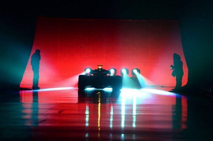 Ilustrasi peluncuran mobil Formula 1