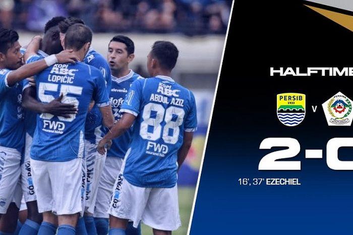 Persib Bandung unggul 2-0 atas Persiwa Wamena pada babak pertama leg pertama babak 32 besar Piala Indonesia 2018-2019 di Stadion Si Jalak Harupat, Kabupaten Bandung, Senin (11/2/2019) sore WIB.