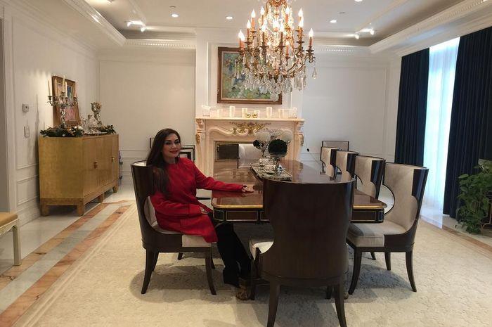 Rumah mewah Nia Daniaty di Amerika Serikat