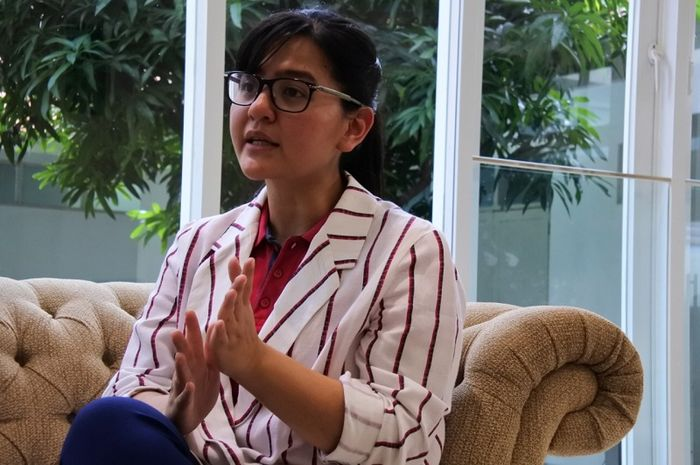 Sekjen PSSI, Ratu Tisha Destria saat memberikan keterangan secara eksklusif kepada BolaSport.com dan Kompas.com di jakarta, 12 Februari 2019.