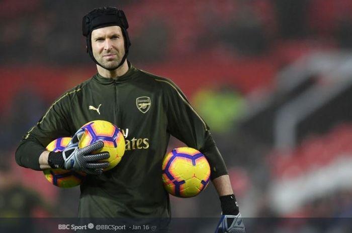 Penjaga gawang Arsenal, Petr Cech, mengaku punya dua angan-angan yang ingin diwujudkan sebelum pensiun akhir musim 2018-2019.