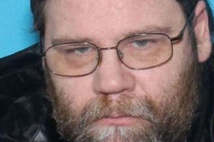 Garrick Bloom (46) predator seksual dengan tuduhan 800 kali lakukan pencabulan terhadap anak dibawah umur.