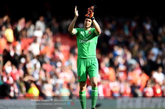 Kiper Arsenal asal Rep. Ceska, Petr Cech, mengumumkan akan pensiun pada akhir musim 2018-2019.