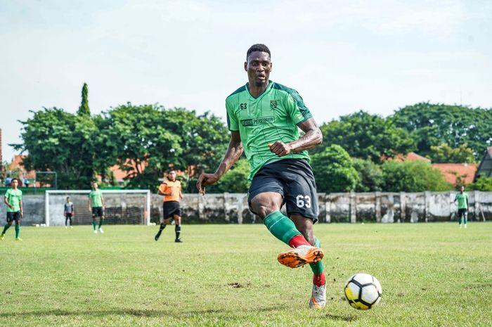 Striker baru Persebaya Surabaya, Amido Balde.