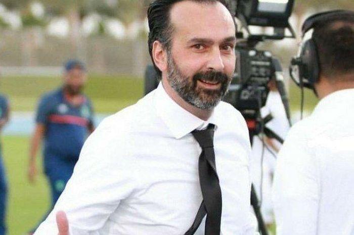 Pelatih Borneo FC, Fabio Lopez.