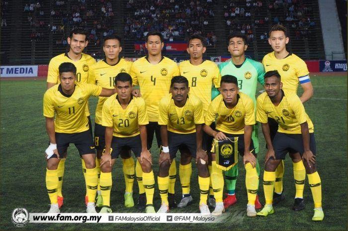 Para pemain timnas U-22 Malaysia berpose jelang duel kontra Kamboja di Piala AFF U-22, 18 Februari 2019.