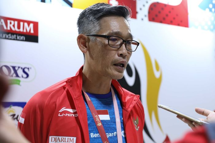 Manajer tim PB Djarum, Fung Permadi berbicara kepada media di sela penyelenggaraan Djarum Badminton Superliga 2019 di GOR Sabuga, Bandung, Rabu (20/2/2019).