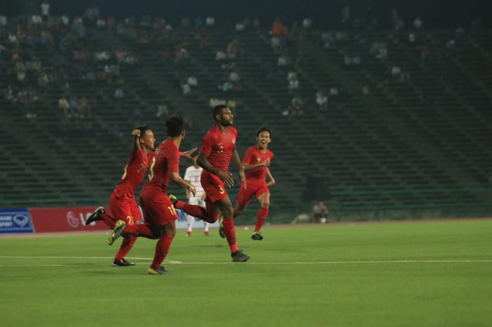 Penyerang timnas U-22 Indonesia, Marinus Wanewar, mencetak dua gol ke gawang Kamboja.