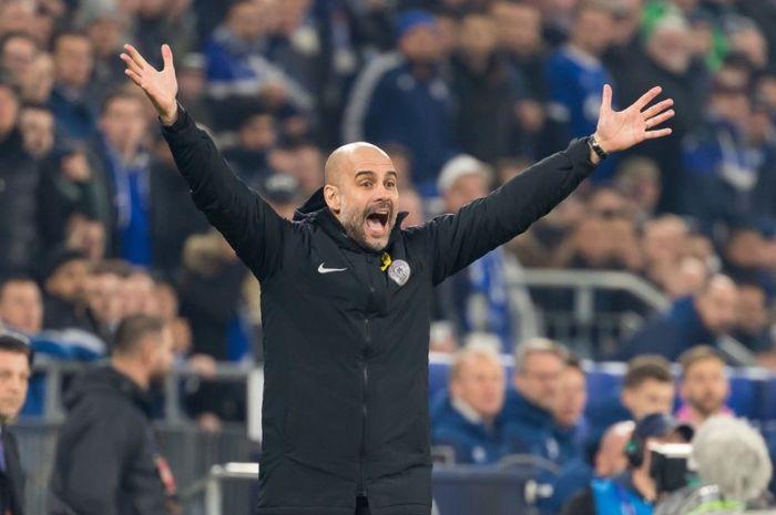 Manajer Manchester City, Pep Guardiola, menegaskan timnya belum layak untuk mendapatkan empat gelar sekaligus dalam satu musim.