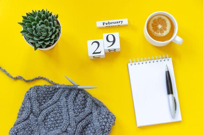 Bulan Februari pada tahun kabisat terdiri dari 29 hari.