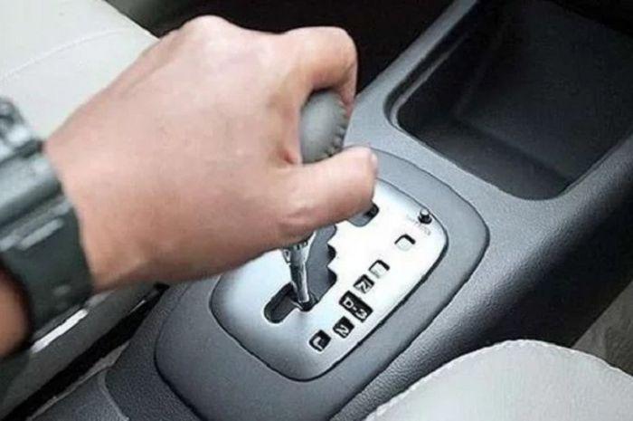 Hindari Kebiasaan ini Supaya Mobil Tidak Cepat Rusak
