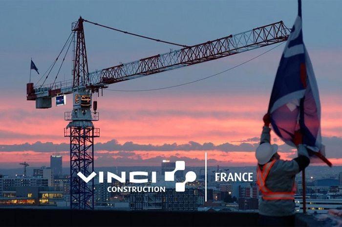 Vinci Construction.