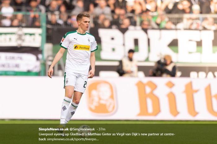 Mathias Ginter menjadi target Liverpool untuk ditandemkan dengan Virgil van Dijk