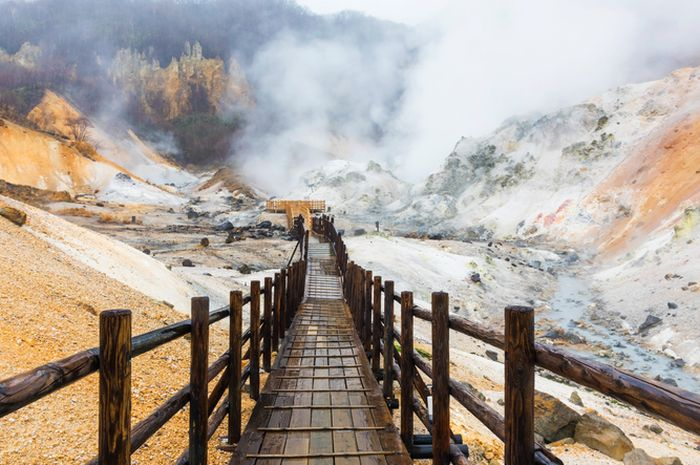 Jigokudani, 'lembah neraka' di Hokkaido.