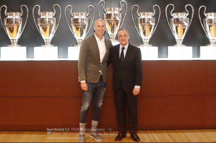 Zinedine Zidane (kiri) bersama presiden klub Florentino Perez, resmi kembali sebagai pelatih Real Madrid per 11 Maret 2019.