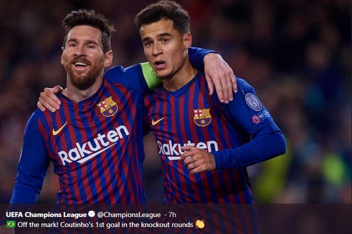 Gelandang serang Barcelona, Philippe Coutinho, merayakan golnya bersama Lionel Messi di Camp Nou, Rabu (13/3/2019)