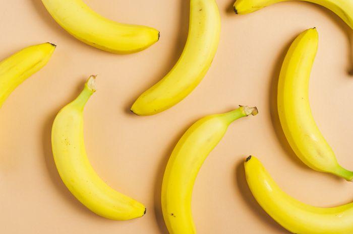 Ini yang akan terjadi pada tubuh jika makan pisang sebelum tidur