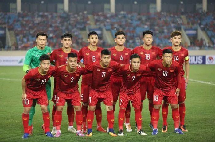 Timnas U-23 Vietnam memiliki pemain bertahan yang tak kalah tinggi.