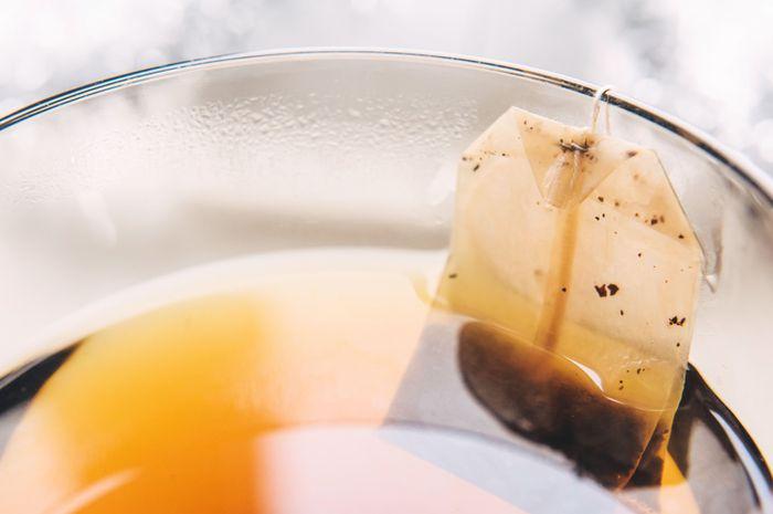 Kantong teh bekas dapat digunakan untuk perawatan mata