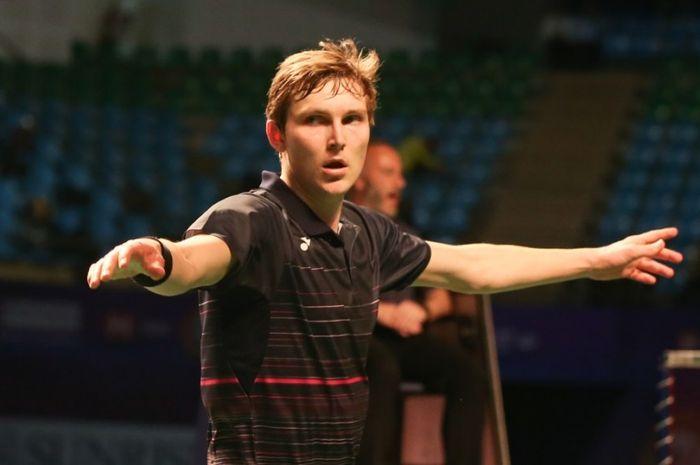 Pebulu tangkis tunggal putra Denmark, Viktor Axelsen, berhasil keluar sebagai juara India Open 2019 setelah kalahkan wakil tuna rumah, Srikanth Kidambi, Minggu (31/3/2019).
