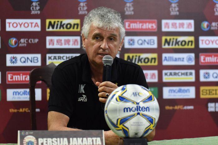 Pelatih Persija Jakarta, Ivan Kolev di koferensi pers selepas laga kontra Ceres Negros, di Stadion Panaad, Rabu (3/4/2019)