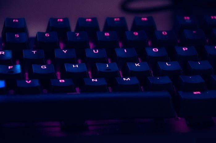 Pengaturan Penting Sebelum Menggunakan Keyboard PC di Komputer Mac