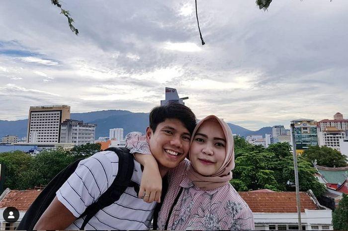 Achmad Jufriyanto bersama istrinya.
