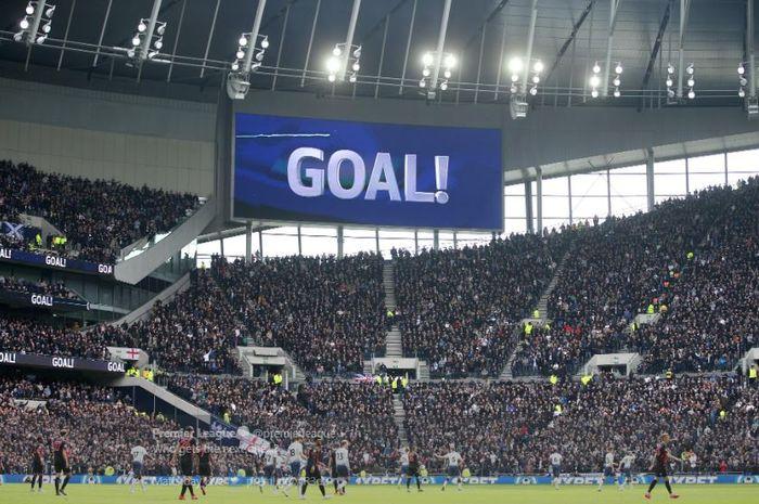 Suasana laga pekan ke-34 Liga Inggris antara Tottenham Hotspur dan Huddersfield Town di Tottenham Hotspur Stadium, Sabtu (13/4/2019).