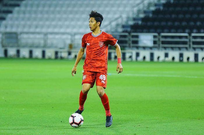 Pemain asal Indonesia, Khuwailid Mustafa, saat memperkuat Al- Duhail U-19.