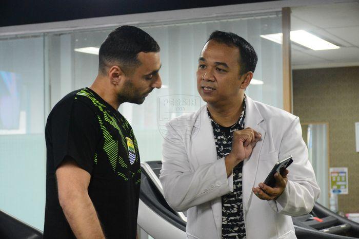 Artur Gevorkyan menjalani tes medis di i Indonesia Sport Medicine Center (ISMC), kawasan Kemang, Jakarta Selatan setibanya di Indonesia pada Selasa (16/4/2019).