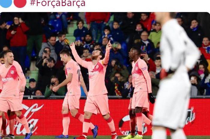 Megabintang Barcelona, Lionel Messi (tengah), melakukan selebrasi.