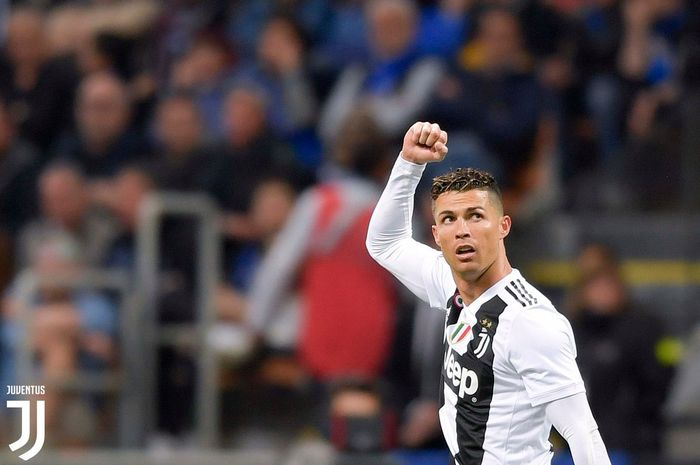 Megabintag Juventus, Cristiano Ronaldo, dalam laga pekan ke-34 Liga Italia kontra Inter Milan di Stadion Giuseppe Meazza, 27 April 2019.