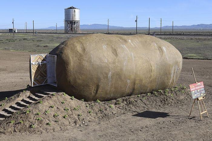 Hotel berbentuk kentang.