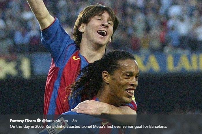 Lionel Messi melakukan selebrasi bersama Ronaldinho usai mencetak gol perdana ke gawang Albacete pada 2005