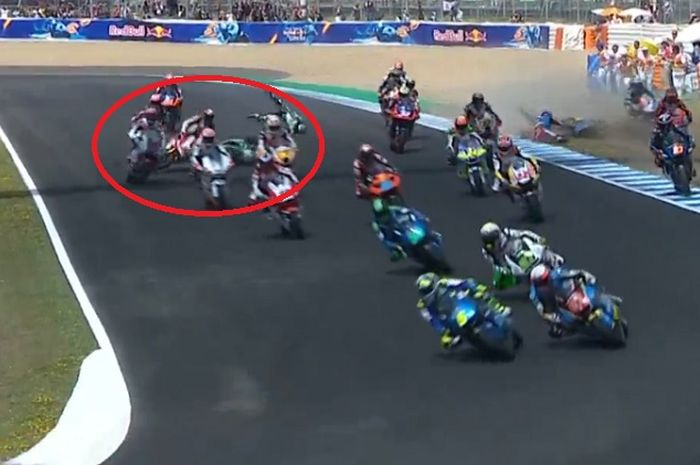 Kecelakaan dialami oleh Dimas Ekky Pratama pada Moto2 Jerez 2019