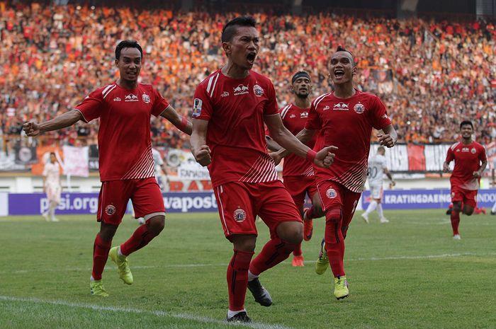 Pemain Persija Jakarta, Ismed Sofyan merayakan gol kegawang Bali United pada Kratingdaeng Piala Indonesia di Stadion Wibawa Mukti, Cikarang, Jawa Barat, Minggu (5/4/2019) dalam laga tersebut persija menang melawan Bali United dengan skor 1-0.