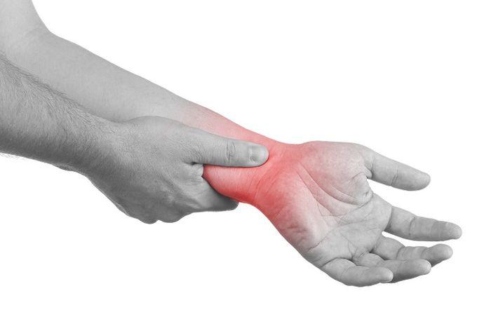 Cara mengobati cedera engkel secara alami