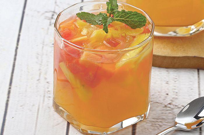 Minuman Buka Puasa Sehat, Segarnya Es Buah Ini Langsung Bikin Hati Adem