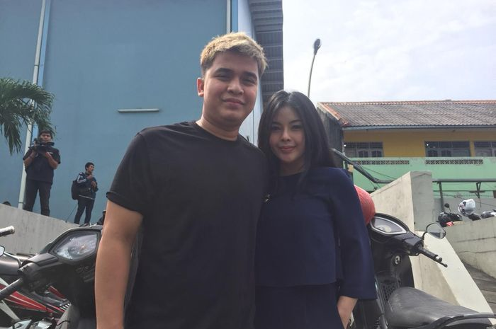 Billy Syahputra dan Elvia Cerolline