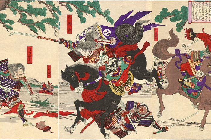 Tomoe Gozen saat melawan musuhnya di Perang Awazu.