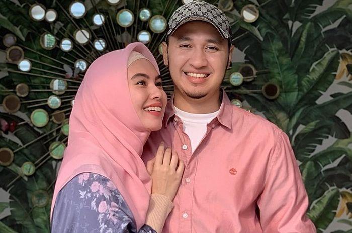 Kartika Putri dan Habib Usman