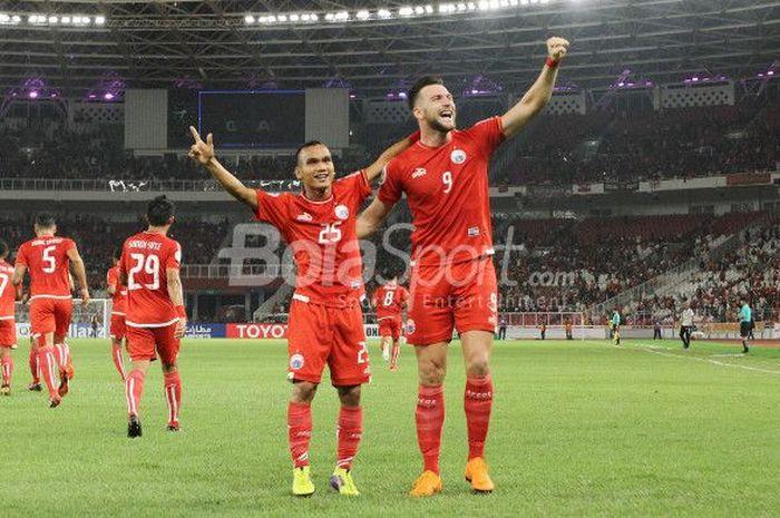 Selebrasi penyerang Persija Jakarta, Marko Simic dan Riko Simanjuntak, seusai mencetak gol ke gawang Tampines Rovers, 28 Februari 2018.