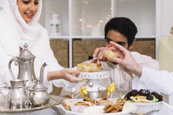 Banyak makanan bersantan saat Lebaran, batasi konsumsinya jika ingin tetap sehat